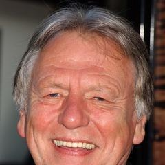 famous quotes, rare quotes and sayings  of Kenneth Cranham