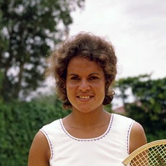 famous quotes, rare quotes and sayings  of Evonne Goolagong Cawley