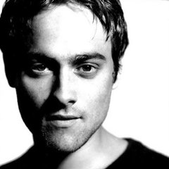 famous quotes, rare quotes and sayings  of Stuart Townsend
