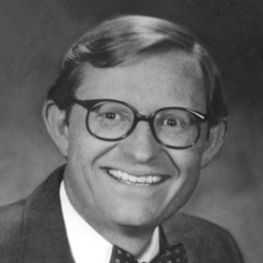 famous quotes, rare quotes and sayings  of Gordon Gee