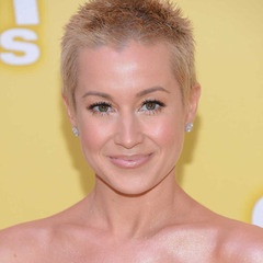 famous quotes, rare quotes and sayings  of Kellie Pickler