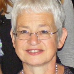 famous quotes, rare quotes and sayings  of Jacqueline Wilson