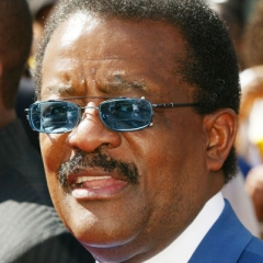 famous quotes, rare quotes and sayings  of Johnnie Cochran