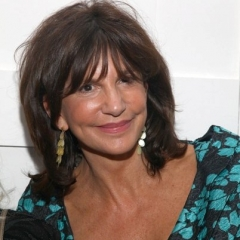 famous quotes, rare quotes and sayings  of Mercedes Ruehl