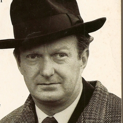 famous quotes, rare quotes and sayings  of Auberon Waugh