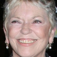 famous quotes, rare quotes and sayings  of Linda Ellerbee