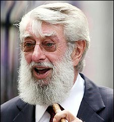 famous quotes, rare quotes and sayings  of Ronnie Drew