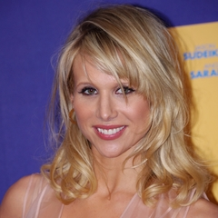 famous quotes, rare quotes and sayings  of Lucy Punch