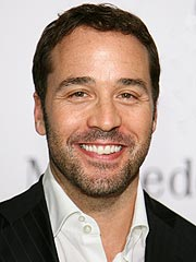 famous quotes, rare quotes and sayings  of Jeremy Piven