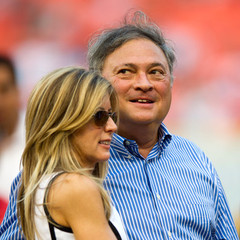 famous quotes, rare quotes and sayings  of Jeffrey Loria
