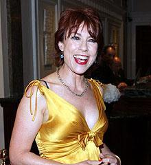 famous quotes, rare quotes and sayings  of Kathy Lette