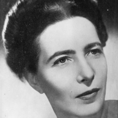 famous quotes, rare quotes and sayings  of Simone de Beauvoir
