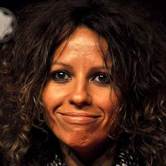 famous quotes, rare quotes and sayings  of Linda Perry