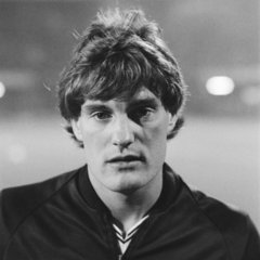 famous quotes, rare quotes and sayings  of Glenn Hoddle