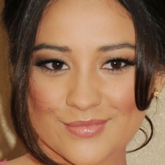 famous quotes, rare quotes and sayings  of Shay Mitchell