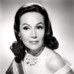 famous quotes, rare quotes and sayings  of Dolores del Rio
