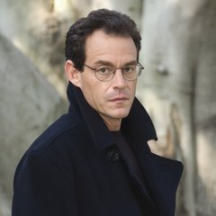 famous quotes, rare quotes and sayings  of Daniel Silva