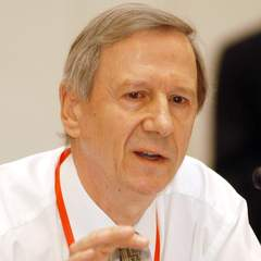 famous quotes, rare quotes and sayings  of Anthony Giddens