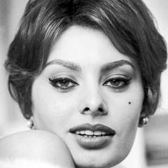 famous quotes, rare quotes and sayings  of Sophia Loren