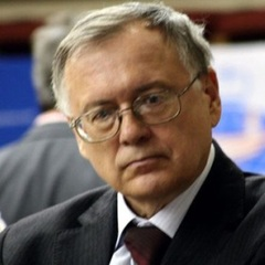 famous quotes, rare quotes and sayings  of Yuri Razuvaev