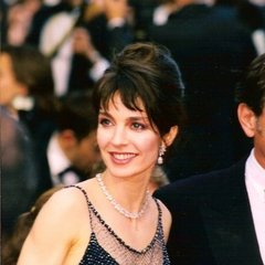 famous quotes, rare quotes and sayings  of Anne Parillaud