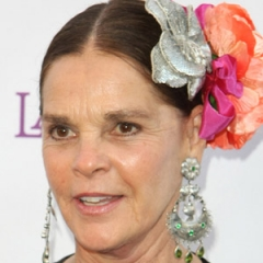 famous quotes, rare quotes and sayings  of Ali MacGraw