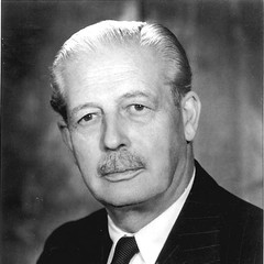 famous quotes, rare quotes and sayings  of Harold MacMillan
