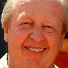 famous quotes, rare quotes and sayings  of Jim Davis
