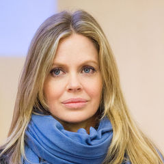 famous quotes, rare quotes and sayings  of Kristin Bauer van Straten