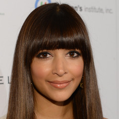 famous quotes, rare quotes and sayings  of Hannah Simone