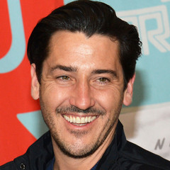 famous quotes, rare quotes and sayings  of Jonathan Knight