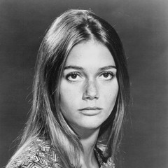 famous quotes, rare quotes and sayings  of Peggy Lipton