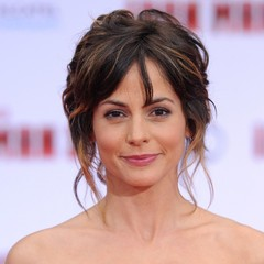 famous quotes, rare quotes and sayings  of Stephanie Szostak