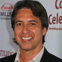 famous quotes, rare quotes and sayings  of Ray Romano