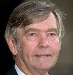 famous quotes, rare quotes and sayings  of Tom Courtenay