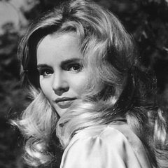 famous quotes, rare quotes and sayings  of Tuesday Weld