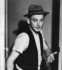 famous quotes, rare quotes and sayings  of Art Carney