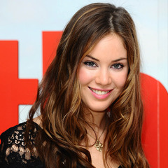 famous quotes, rare quotes and sayings  of Roxanne McKee