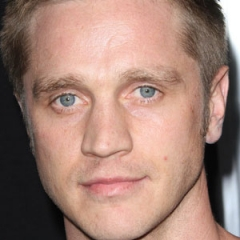 famous quotes, rare quotes and sayings  of Devon Sawa