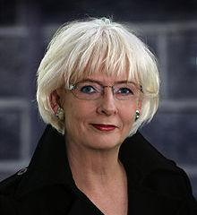 famous quotes, rare quotes and sayings  of Johanna Sigurðardottir