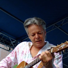 famous quotes, rare quotes and sayings  of Tommy Emmanuel