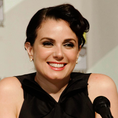 famous quotes, rare quotes and sayings  of Mia Kirshner