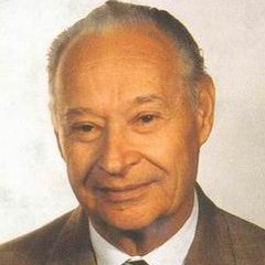 famous quotes, rare quotes and sayings  of Alexander Dubcek