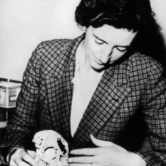 famous quotes, rare quotes and sayings  of Mary Leakey