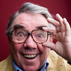 famous quotes, rare quotes and sayings  of Ronnie Corbett