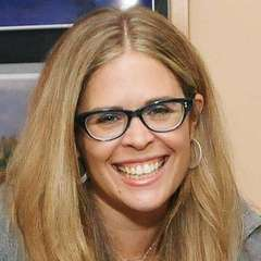 famous quotes, rare quotes and sayings  of Jennifer Lee