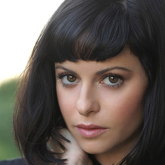 famous quotes, rare quotes and sayings  of Sophia Amoruso
