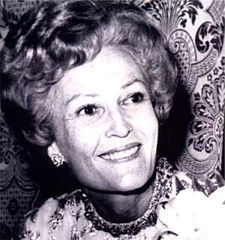 famous quotes, rare quotes and sayings  of Pat Nixon