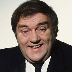 famous quotes, rare quotes and sayings  of Les Dawson
