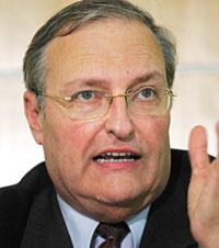 famous quotes, rare quotes and sayings  of Efraim Zuroff